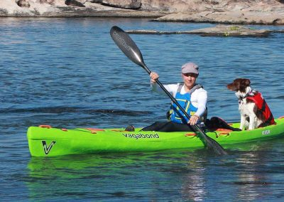 4 kasai kayak dog