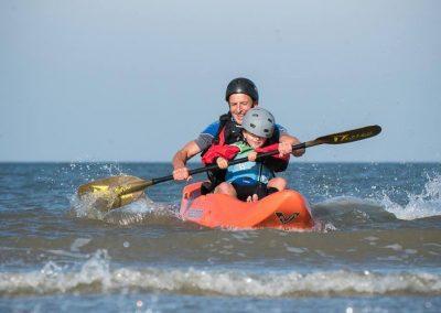 dumbi_surfing_kayak_netherlands2