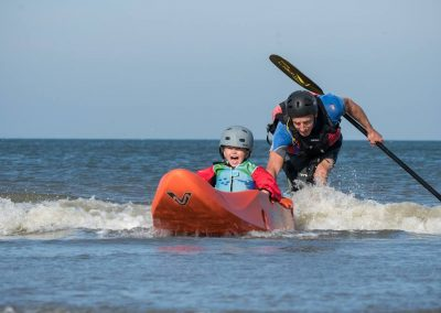 dumbi_surfing_kayak_netherlands3