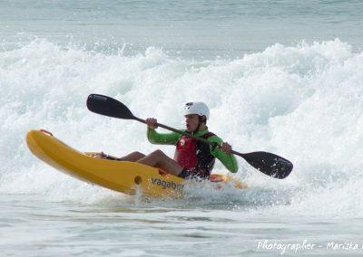 a dumbi_surf_kayak