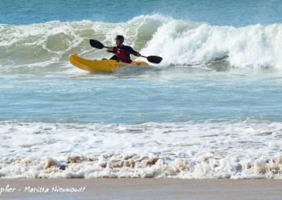 d dumbi_surf_kayak